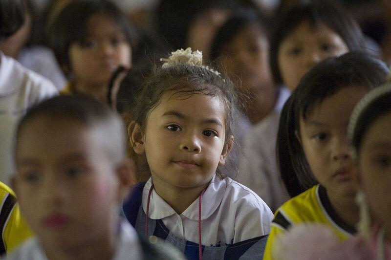 Myanmar Mädchen in singapore Ein 22-jähriger Mann datiert