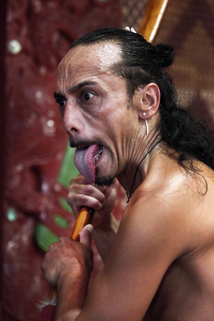 Rausstrecken bedeutung zunge Zunge rausstrecken